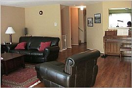 Luxury Townhome perfect location