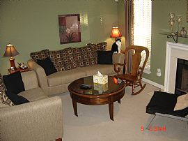 2 BR 2 1/2 BA Townhome for Rent