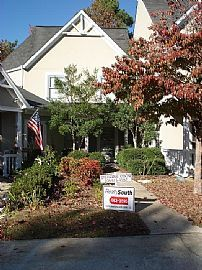 Spacious Townhouse in Hoover!