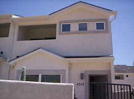 Newly Built Townhome 2 min to Ft Carson