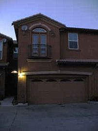 Town Home in Safe Gated Community