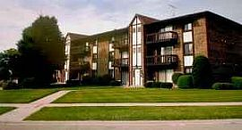 2 Bed 2 Bath Ldry in unit, Naperville