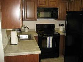 *SPOTLESS/REMODELED 1 BR/1BA FULLY FURNISHED CONDO - WEEK/MONTH
