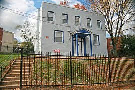Spacious 2 Br, 1 Ba Apartment For Rent S.E Dc