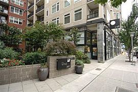 1 BR, 1.5 BA Condo With Amazing View, Walk To Pike Place Market
