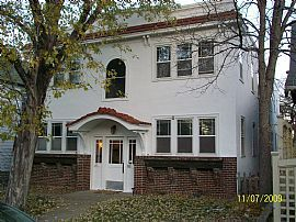 Uptown, Large 1 BR, 1 BA Apartment with Office - Free Utilities