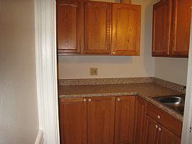 Spacious 2 Bedroom 1st Floor Ready to Move in