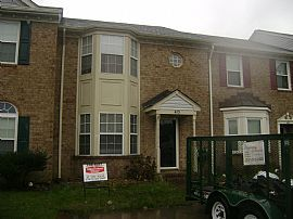 Beautiful 3 Bedroom Townhouse Near Downtown Virginia Beach