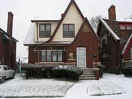 Nice 2 Bedroom Apartment with Full Basement on 2nd Floor