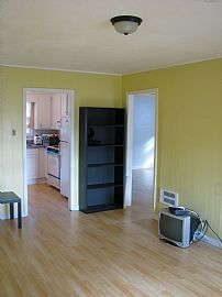 Outstanding 2 Bedroom Apartment - Lots of Services Included