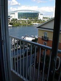 Harbor Island 2bd Condo with Gorgeous Waterviews