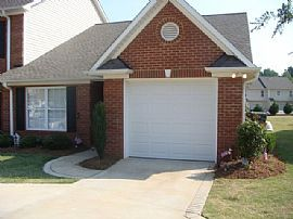 Nice 2 BR, 2 BA Townhome in Desirable School District 5