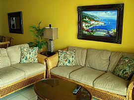 New Beachfront 2 Bedroom Condo, Weekly Or Monthly
