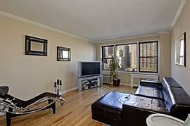 Fully Furnished 1 Bedroom Apartment with a Doorman