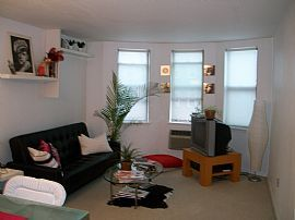 Beautiful, Spacious 1 Bedroom Apartment - Fully Furnished