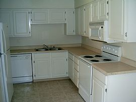 Furnished 1 Bedroom Condo in Premier Gated Community