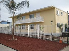Newly Remodeled 2 Bedroom Apartment -  Family-Friendly