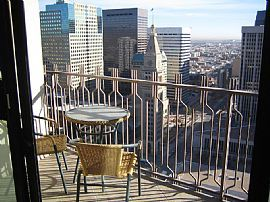 Fabulous 2 Bedroom Condo in The Heart of Downtown Denver