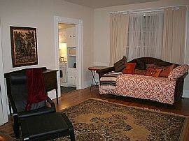 Affordable Luxury 2 Bedroom Apartment in Murray Hills!