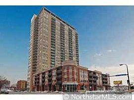 Nice 1 Bedroom Condo - 900 Sq. Ft. in Skyscape Downtown - $1495