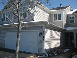 Cozy 2 Bedroom Townhouse with 2 Car Garage - Swimming and Tennis