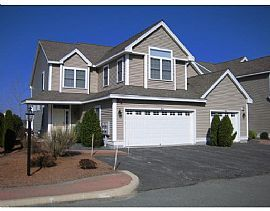 Stunning 2 Bedroom, End Unit Townhome with Beautiful Furnishings