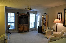 Cute 1 Bedroom Condo - Stay and Play in Sandy Springs!