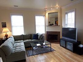 Furnished 1 Bedroom Townhouse in Soho