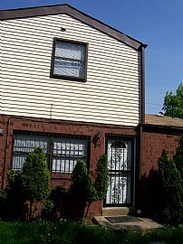 Nice 3 Bedroom Home with Large Yard and Driveway Near CC
