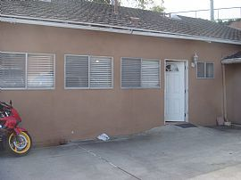 Outstanding 2 Bedroom Apartment with Utilities Paid