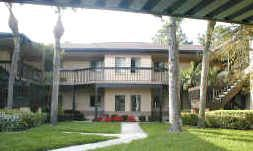 Spacious  2 Bedroom Condo with Screened in Porch
