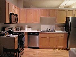 Trendy 1 Bedroom Condo For Great Price in Great Location!