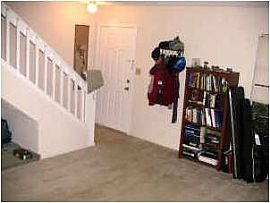 Great 1 Bedroom Townhouse Near The Summit
