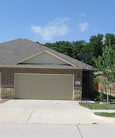 Beautiful, Private 3 BR, 2 BA Townhouse in Mansfield Community