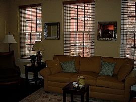 Historic 2 Bedroom Condo - Just Steps to The Capitol!
