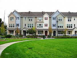 Newer, Gorgeous 3 Bedroom Townhouse - $1900