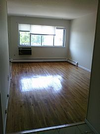 Spacious 2 Bedroom Condo - Available Immediately