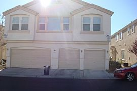 Pristine 2 Bedroom Townhouse Near Red RocK - $850