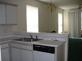 Unfurnished 2 Bedroom Condo - Overlooking Golf Course