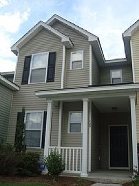 Beautiful, New 3 Bedroom Townhouse Near NWS and CSU
