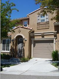 Beautiful 3 Bedroom Townhouse in Tuscany Hills