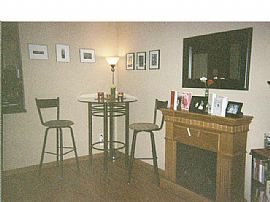 Modern Uptown 1 Bedroom Condo - Pets Welcome - Ready 8/1!