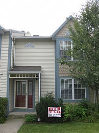 Beautiful 3 Bedroom Townhouse with Finished Basement