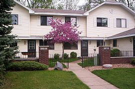 $100 Off First Months Rent If Lease Signed/accepted By 9/1/10