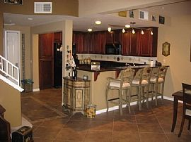 Comfy 1 Bedroom Condo with Den in Marina District - Lease/option