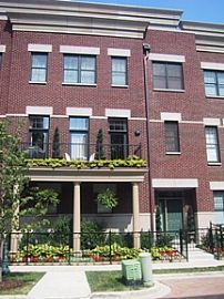 1823 S Prairie Pkwy Extra Wide 4 Level, 2 Bedroom Townhouse
